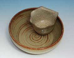 attached dip bowl