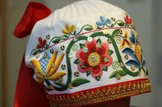 Embroidered linen coif from Kose, Harju county, North Estonia