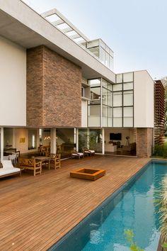 Casa MMP – Mauricio Melara Arquitetura Cinema Room Small, Small Rooms, Houses, Mansions, House Styles, Outdoor Decor, Home Decor, Log Projects, Arquitetura