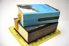 Murder on the Orient Express book cake by Amber McKenney