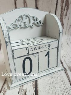Check out this item in my Etsy shop https://www.etsy.com/listing/256233008/wooden-forever-calendar-new-years