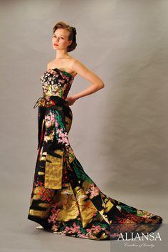和ドレス 着物ドレス 紺・金色のマーメイドライン