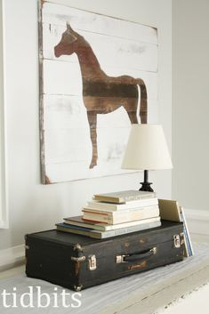 Horse Silhouette Art: I really love her method to create a faux wood planks look - tutorial