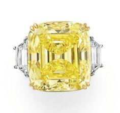 30.03 carat fancy vivid yellow DIAMOND RING