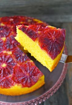 Blood Orange-Turmeric Upside Down Pound Cake Recipe – weekend recipes - Cake Recipes Recipes Using Turmeric, Cooking With Turmeric, Köstliche Desserts, Dessert Recipes, Orange Sanguine, Pound Cake Recipes, Orange Recipes, Blood Orange, Pavlova