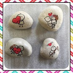 Photo from trividesign comic strip type rock paintings Pebble Painting, Pebble Art, Stone Painting, Stone Crafts, Rock Crafts, Arts And Crafts, Posca Art, Creation Art, Rock And Pebbles