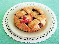 りんごの甘味だけで味付けた、ヘルシーなノンシュガーアップルパイ。/毎日おやつ&おもてなしSwetsBook(「はんど&はあと」2013年1月号)