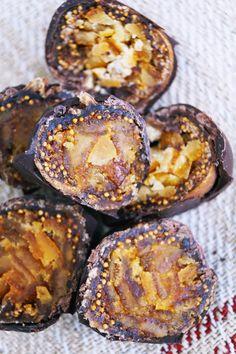 Orange stuffed chocolate coated figs... #sweet Chocolate Coating, Figs, Home Gifts, Muffin, Orange, Breakfast, Sweet, Morning Coffee, Muffins