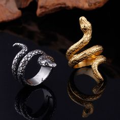 High Quality Men and Women Stainless Steel Snake Ring in Yellow or White Color , Snake band ring , man ring , Men's Fashion Jewelry ring Men's Jewelry Rings, Snake Jewelry, Jewelry For Men, Jewlery, Stylish Jewelry, Modern Jewelry, Cool Rings For Men, Unique Rings, Mens Gold Rings