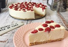 Happiness is a piece of cheesecake. Armenian Recipes, Nutella Cake, Winter Food, Cakes And More, No Bake Desserts, Cake Cookies, Food To Make, Tapas, Cake Recipes