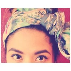 itspitatee Can you tie it in a knot? Can you tie it in a bow? #21DaysOfLA #Day19 #HeadScarf