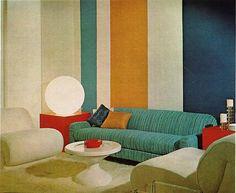 Simple-Vintage-Living-Room-Design-With-Strip-Patterned-Sofa