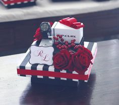 Black & White Stripes w/ Red gift tray IV