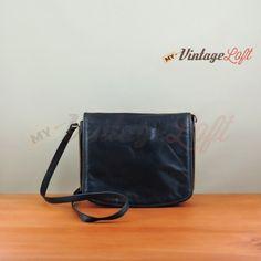 Vintage blue shoulder strap bag with 3 pockets