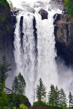 Just 25 miles east of Seattle, in the foothills of the Cascade Mountains, is Snoqualmie Falls. Surprisingly, winter and spring are the best times of the year to visit.