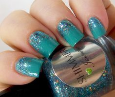"""Gorgeous glitter (Shimmer """"Jasmine"""") gradient over a turquiose base!!!  Beautiful!"""