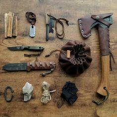 Visually appealing bushcraft kit