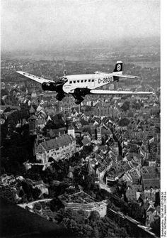 Hitler's personal Ju 52 over southern Germany (Heinrich Hoffmann, Federal Archive)