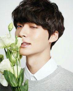 AHN JAE HYUN / 안재현 (all rights reserved to original photographers ect)