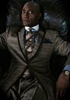 latest mens fashion that looks trendy! Sharp Dressed Man, Well Dressed Men, Latest Mens Fashion, Daily Fashion, Fashion 2020, Costume, Gentleman Style, Gentleman Fashion, Suit And Tie