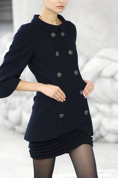 Image Fashion, Look Fashion, High Fashion, Winter Fashion, Fashion Show, Womens Fashion, Skirt Fashion, Chanel Fashion, Couture Fashion