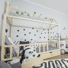 Wooden Bed Base, Toddler House Bed, Cool Shapes, Big Beds, Bed With Drawers, Kids Zone, House Beds, Smart Design, Bed Storage