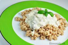 Buckwheat dumplings with yoghurt-mushroom sauce - Try these gluten-free buckwheat dumplings with yoghurt-mushroom sauce for lunch. The sauce is more - Lunch Recipes, Healthy Recipes, Mushroom Sauce, Buckwheat, Dumplings, Risotto, Oatmeal, Quinoa, Stuffed Mushrooms