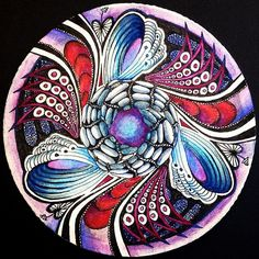 Explore serendipity312's photos on Flickr. serendipity312 has uploaded 7191 photos to Flickr. Zentangle Drawings, Doodles Zentangles, Zentangle Patterns, Zen Doodle, Doodle Art, Mandala Design, Mandala Art, Relaxing Art, Fractal Art