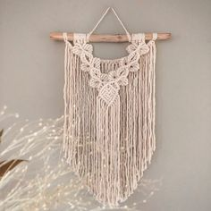 New pattern - Step by Step Macrame Tutorial by Rina Ingrid Macrame Tutorial, Macrame Patterns, Twine, All Design, Orchids, Knots, Easy Diy, Paracord, Wall Hangings