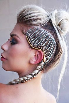 Hairstyles For School Excited Mohawk Hairstyles Braids 2020 Fashion.Hairstyles For School Excited Mohawk Hairstyles Braids 2020 Fashion Braided Mohawk Hairstyles, Mohawk Braid, Braided Hairstyles For Wedding, Down Hairstyles, Sport Hairstyles, Fashion Hairstyles, Hairstyles Pictures, Pelo Editorial, Top Braid