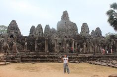 Angkor extends over 400 square kilometers and consists of more than 1000 temples!