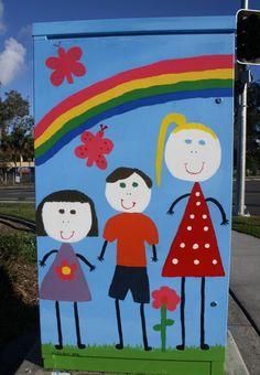 How cute is this traffic signal box design by Annabelle Stephenson at Gumdale, Brisbane? #brisbanepublicart