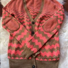 Madewell Wallace Elbow Patch Cardigan Cute chevron printed cardigan cardigan with elbow patches. Madewell Sweaters Cardigans