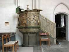File:Askeby church pulpit.jpg