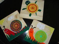 ARGE Kleinschulen in Vorarlberg:> Textilwerke – håndarbejde – – handarbeit Craft Activities For Kids, Crafts For Kids, Art Club Projects, Textiles, Weaving For Kids, Kindergarten Art Projects, Weaving Projects, Art Lessons Elementary, Recycled Art