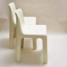 Créateur: Marc Berthier (français né en 1935) Paire de chaises Ozoo 700 Editeur: Roche Bobois Date de création: 1970 Matériaux:...