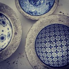 Have shed bowls to future editions of House & home garden. So fun! / DIY concrete craft of the Swedish magazine. Concrete Cement, Concrete Crafts, Concrete Garden, Concrete Projects, Concrete Design, Concrete Planters, Diy Planters, Polished Concrete, Cement Art