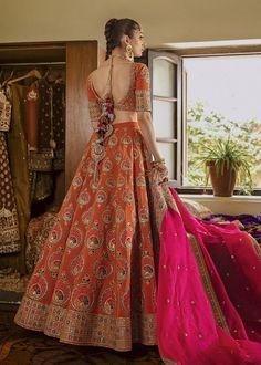 Pakistani Bridal Dresses Online, Latest Bridal Dresses, Bridal Mehndi Dresses, Indian Bridal Lehenga, Indian Bridal Outfits, Pakistani Bridal Wear, Pakistani Wedding Dresses, Orange Lehnga, Bridal Lehngas