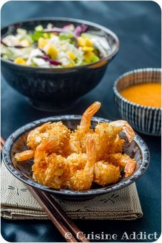 Crevettes croustillantes à la Noix de coco & aux Amandes / Fried Coconut & Almond Shrimp with Apricot Dipping Sauce