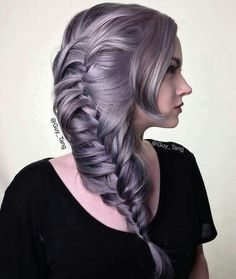 Guy Tang Favorite Silver Metallics on Mykie (Glam&Gore) hair color Pretty Hairstyles, Braided Hairstyles, Wedding Hairstyles, Men's Hairstyle, Funky Hairstyles, Formal Hairstyles, Lilac Hair, Ombre Hair, Wavy Hair