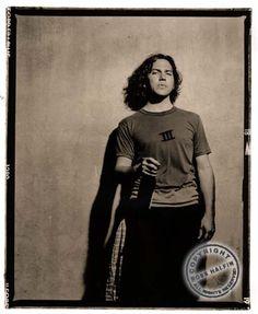 dream a little dream Ed Vedder, Stupid Guys, Pearl Jam Eddie Vedder, Pretty Men, Adidas Jacket, Hot Guys, People, Ocd, Singers
