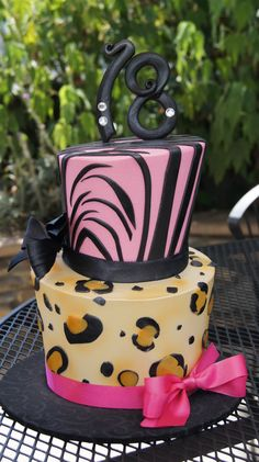 Tiered pink zebra stripes and leopard print birthday cake Girly Cakes, Adult Birthday Cakes, Pink Zebra, Creative Cakes, Frostings, Custom Cakes, How To Make Cake, Cake Decorating, Bakery