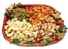 Rakhi Gifts - Ideal Dry fruit gift this raksha bandhan shower all your love and affection on your loving brother by sending him this exclusive traditional designer Dry Fruit Thali. Dry Fruit Basket, Fruit Hampers, Rakhi Online Shopping, Dry Fruits Online, Send Rakhi To India, Sweet Hampers, Fruit Gifts, Online Florist, Rakhi Gifts
