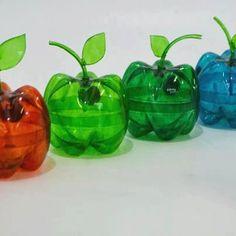 Potinhos em forma de frutas feitos de garrafas PET recicladas!