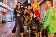 tokyo campaign - Google 검색 Runway Fashion, Fashion Models, Fashion Show, Fashion Tips, Fashion Design, Fashion Trends, Dolce & Gabbana, Editorial Photography, Fashion Photography
