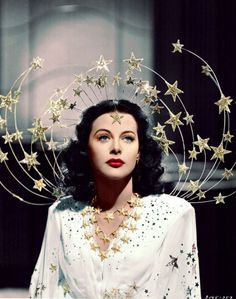 Ziegfeld Girls, 1941 Costume design: Adrian white gown with embroidered sequin stars and silver star headpiece - worn by Hedy Lamarr in the role of Sandra Kolter Old Hollywood, Hollywood Glamour, Classic Hollywood, Hollywood Cinema, Hollywood Actresses, Vintage Beauty, Vintage Fashion, Gothic Fashion, 1930s Fashion