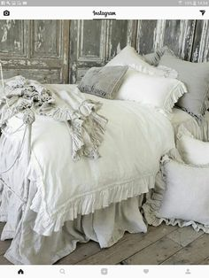 Pillows! I love pillows!!