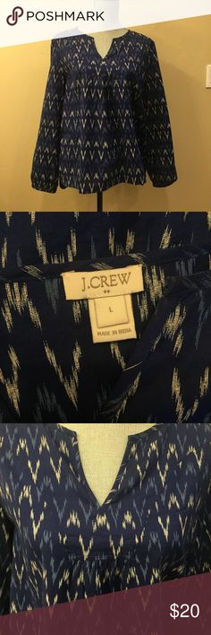 J.Crew Women's Blue Ikat Tunic Size L Beautiful loose-fitting blue ikat tunic. New without tags from smoke-free and pet-free home. 100% cotton tunic with elastic cuffs and Y neckline. J. Crew Tops Tunics