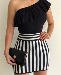 Look completinho amanhã na blackfriday ❤️❤️❤️ Body saia Compre pelo Wapp 12988472499 Compre pelo Wapp 12988487255 Loja 1 - Av… Sexy Dresses, Cute Dresses, Fashion Dresses, Chic Outfits, Summer Outfits, Vetement Fashion, Girl Fashion, Womens Fashion, Mode Inspiration