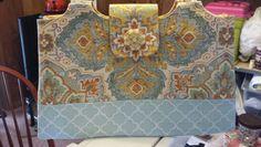 Express handbag. Bucklebee by Me! on Craftsy. Make it.